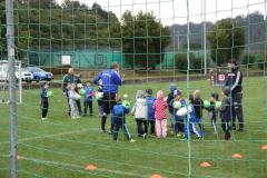Unsere G-Junioren starten ihr Training